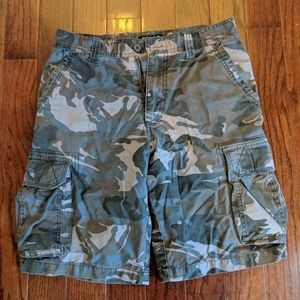 Other - Men's camouflage cargo shorts